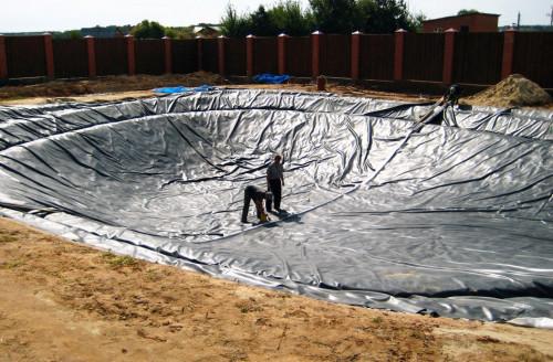 строительство водоема
